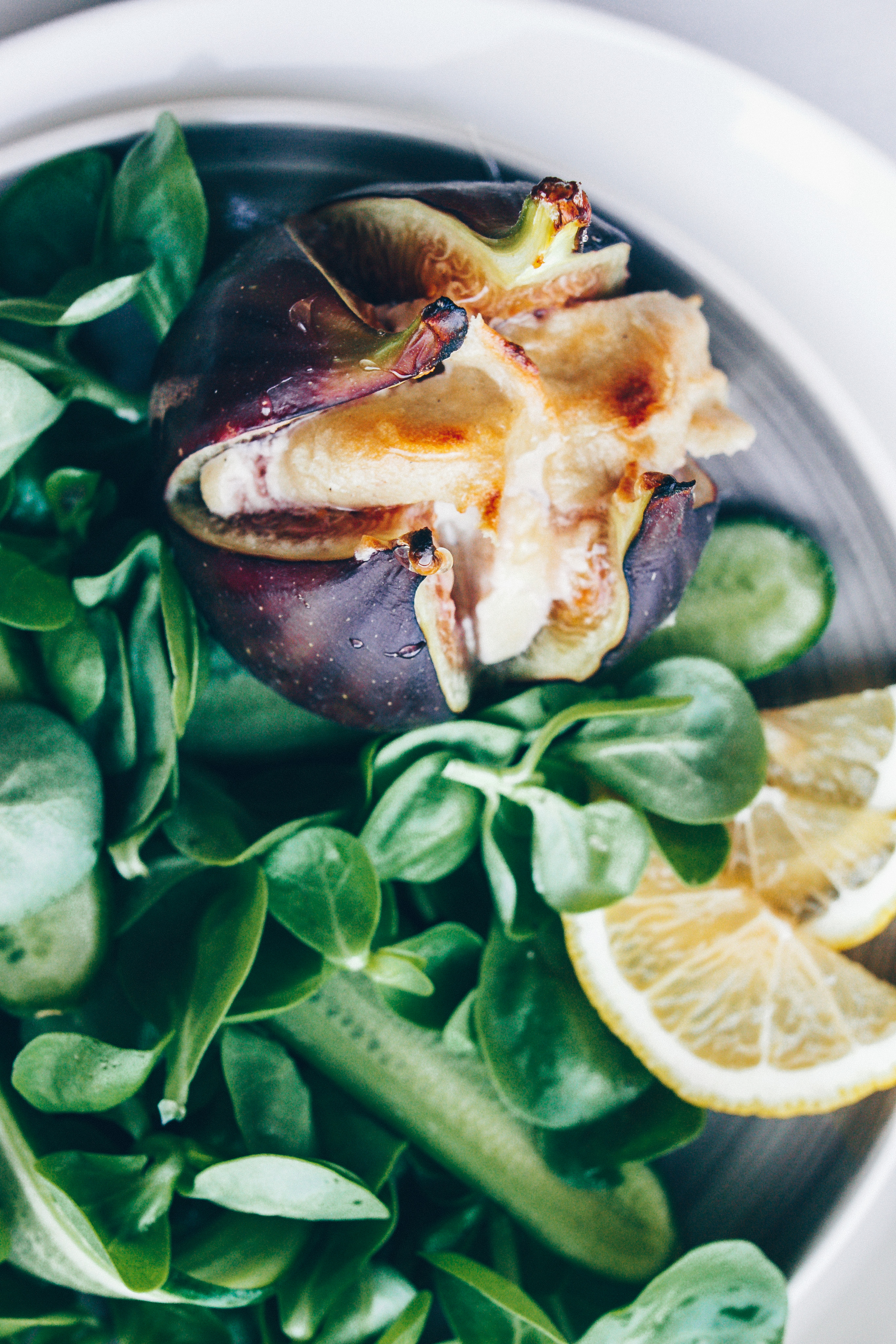 Roasted Stuffed Figs with Cheezy Cashew Cream - black.white.vivid