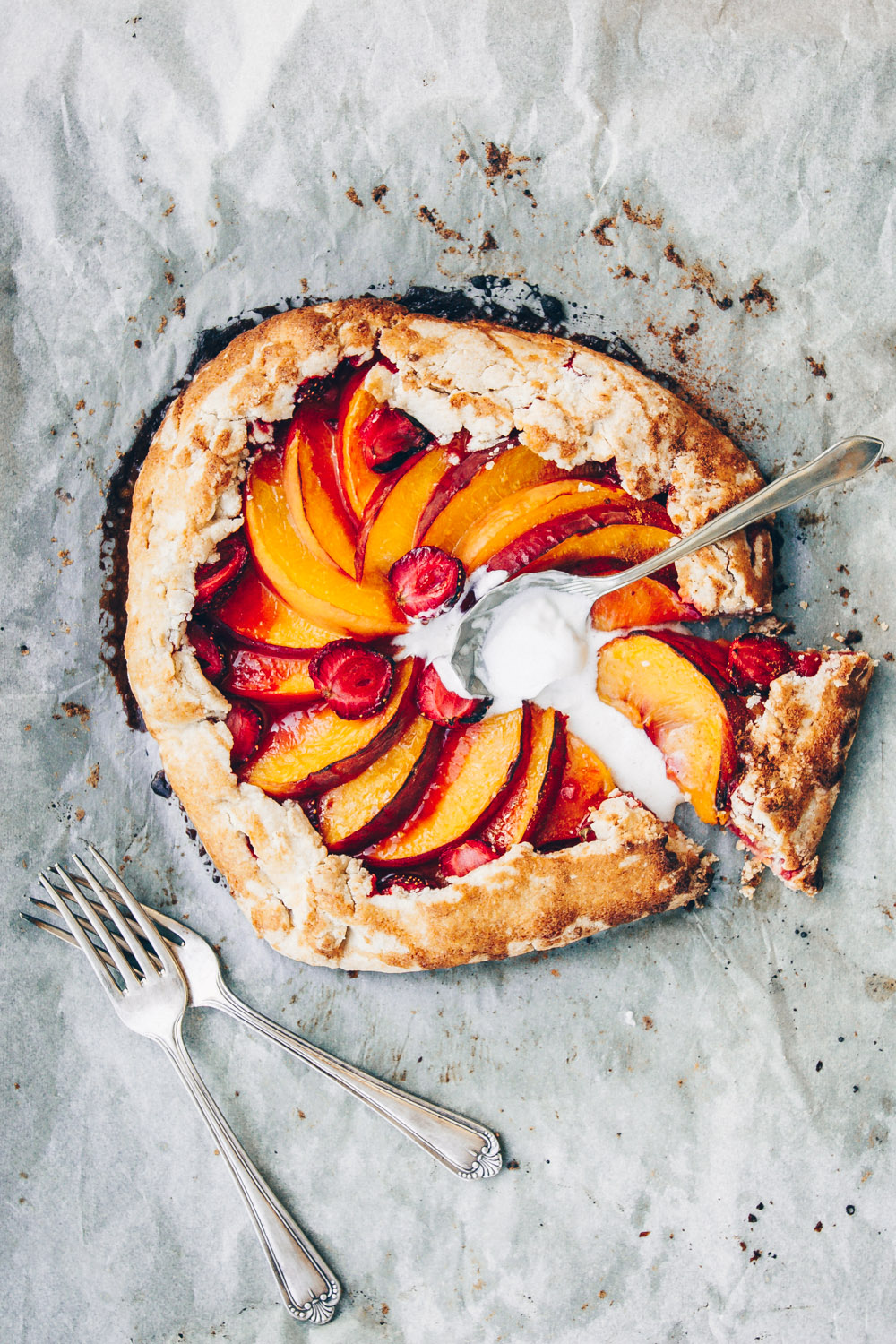 Peach and Strawberry 3 Ways - 3 different recipes with peaches and strawberries. Vegan Peach and Strawberry Galette