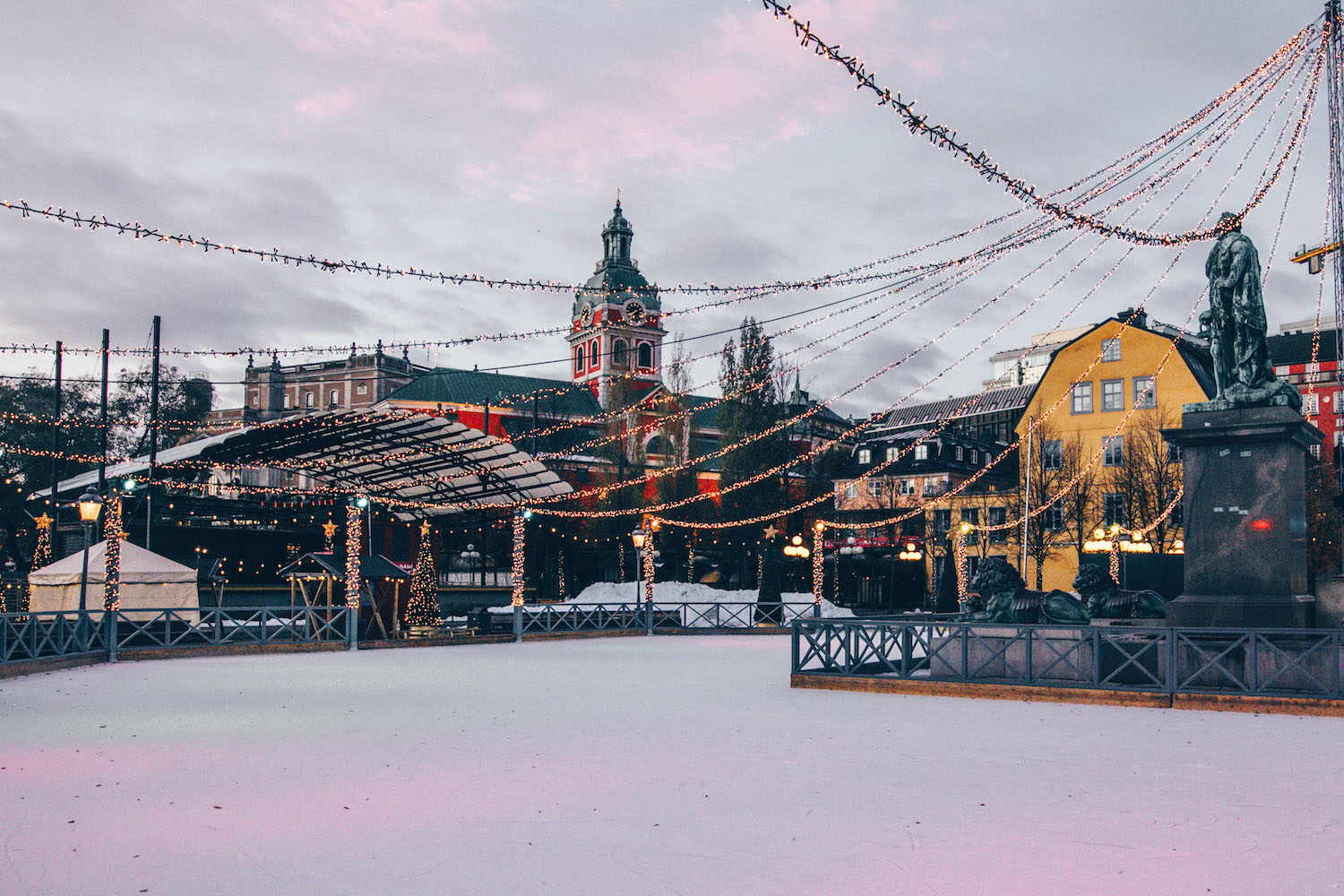 A Quick Shopping Guide to Stockholm by black.white.vivid.