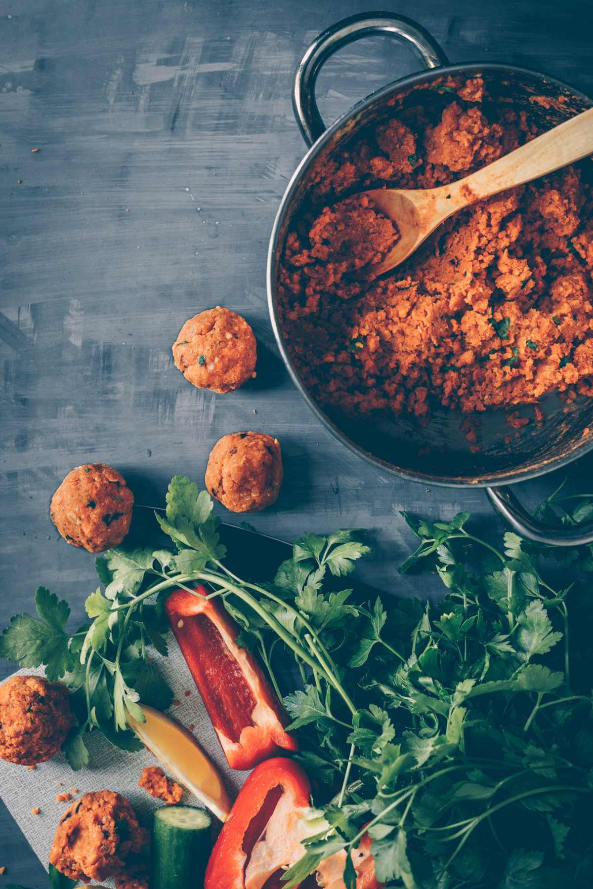 Turkish Lentil Balls Mezze Platter (vegan) by Kati of black.white.vivid.
