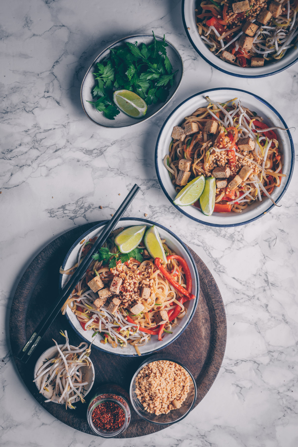 Vegan Pad Thai by Kati of black.white.vivid.