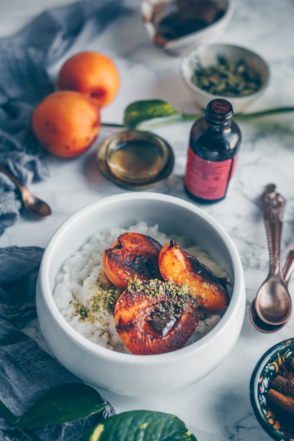Oriental Rice Porridge with Roasted Apricots and Pistachios by Kati of black.white.vivid. (Vegan Recipe)