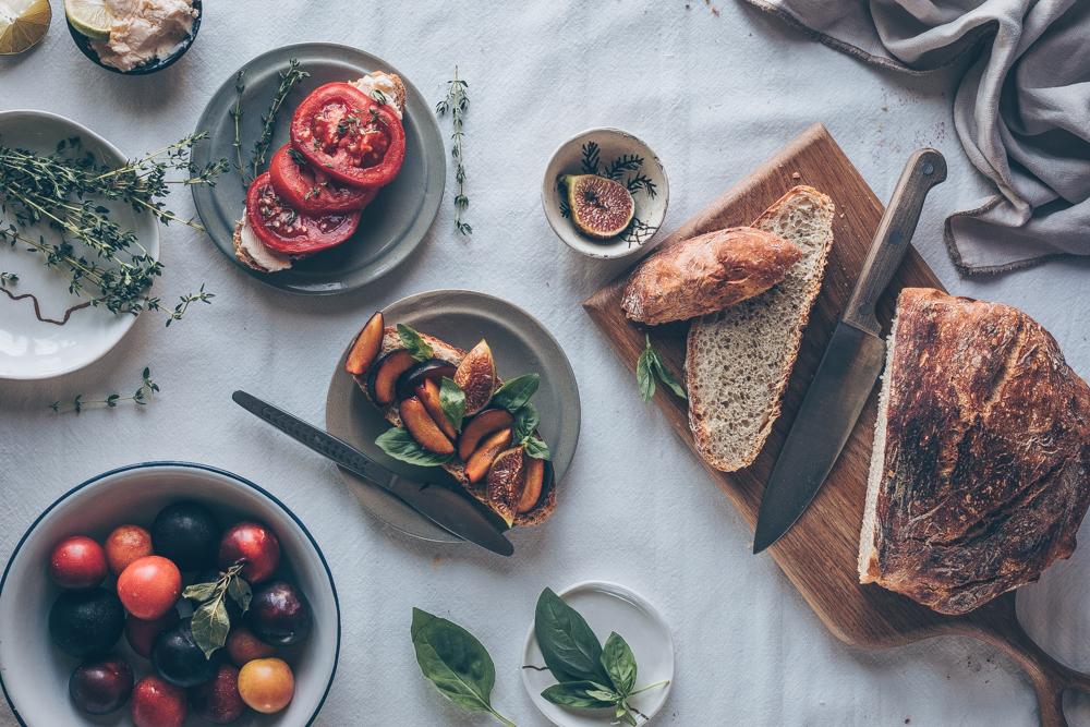 French Breakfast Bread - No-Knead Dutch Oven Bread - A Vegan recipe by Kati of black.white.vivid. - bread recipe, dutch oven recipe, food photography, food styling, bread photography, staub pot, staub cocotte, cast iron, staub bread recipe