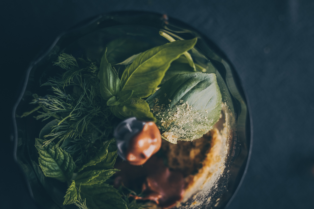 Vegan Fresh Herb Pesto - A Pinnerstest Result Recipe by Kati of black.white.vivid. - food styling, vegan recipe, moody food photography, vegan pesto recipe, blood test, food intolerance test, potato allergy, tomato allergy, moody photography